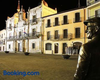 Hotel Molina Real - Molinaseca - Building