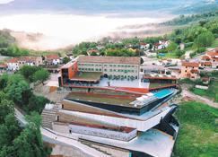 Wine & Heritage Hotel Roxanich - Motovun - Outdoor view