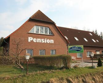 Pension und Ferienwohnungen vorm Darß - Ribnitz-Damgarten - Building