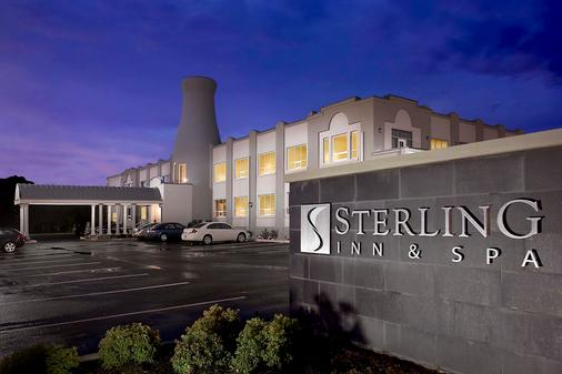 Sterling Inn & Spa - An Ontario's Finest Inn - Niagara Falls - Building