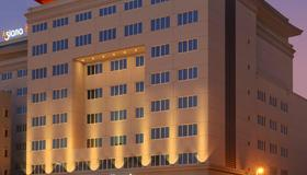 Asiana Hotel Dubai - Dubai - Rakennus