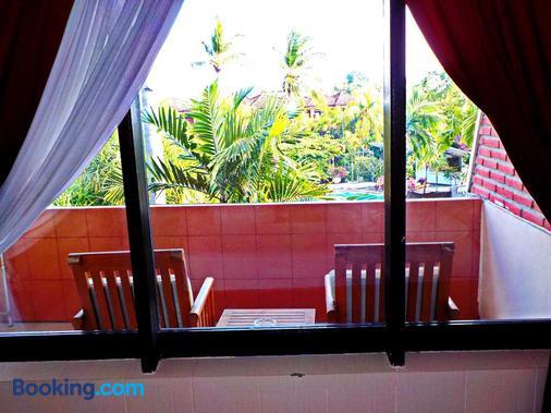 Palm Beach Hotel Bali - Kuta - Ban công