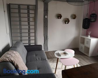 Secret de Cour - Pont-l'Évêque - Living room