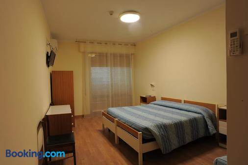 Hotel Cecco - Arezzo - Bedroom