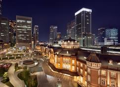 Shangri-La Hotel, Tokyo - Tokio - Widok na zewnątrz