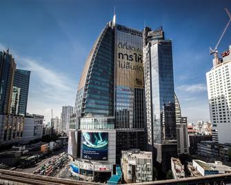 The Continent Hotel Bangkok By Compass Hospitality - Bangkok - Outdoors view