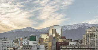 Four Points by Sheraton Santiago - Santiago - Outdoors view