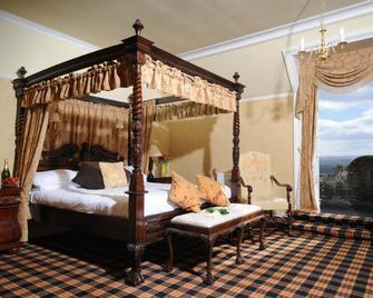 Tulloch Castle Hotel - Dingwall - Bedroom