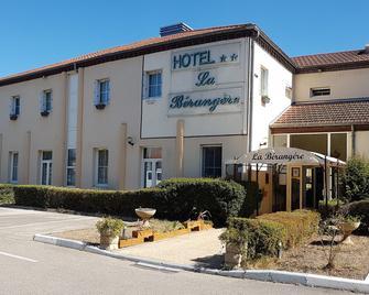 Hôtel La Bérangère - Perouges - Будівля