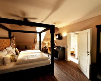 Moments Boutique Hotel - Бауцен - Bedroom