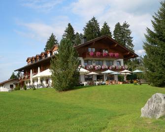Landhotel Zur Grenze - Isny im Allgäu - Building