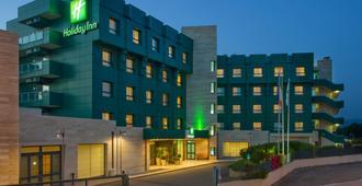 Holiday Inn Cagliari - קליארי