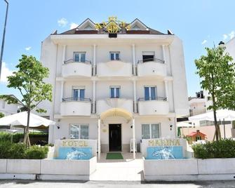 Hotel Marina - Річчоне - Building