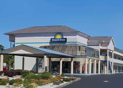 Days Inn by Wyndham Greeneville - Greeneville - Building