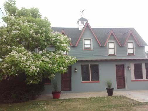 Sea Gypsy B&B - Wildwood - Rakennus