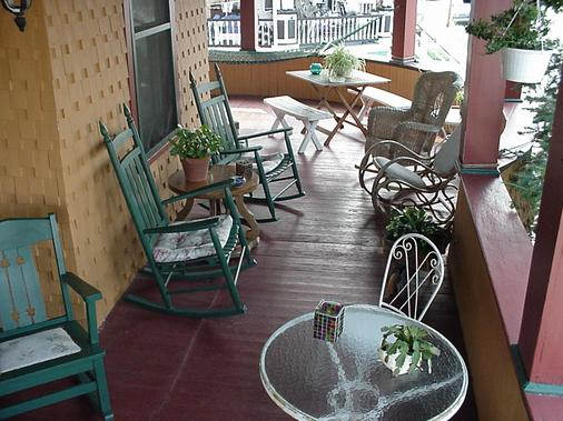 Sea Gypsy B&B - Wildwood - Parveke