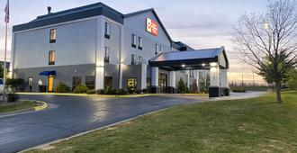 Best Western Plus Kansas City Airport-Kci East - Kansas City