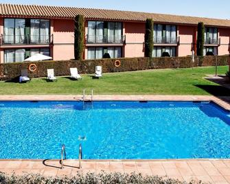 Torremirona Golf & Spa Resort - Figueres - Pool