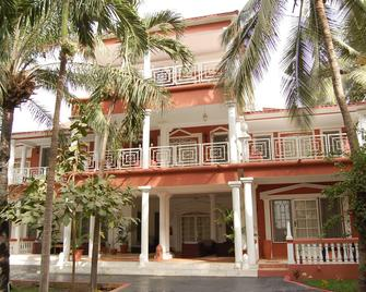 Coconut Residence - Bakau - Gebouw