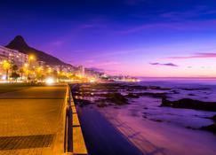 Radisson Blu Le Vendome Hotel - Kaapstad - Buiten zicht