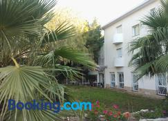 Hotel Oreneta - Altafulla - Edificio