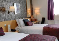 Best Western Summerhill Hotel And Suites - Aberdeen - Bedroom