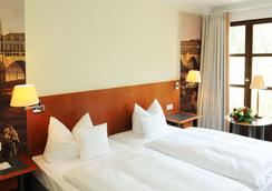 Hotel Schloss Eckberg - Dresden - Bedroom
