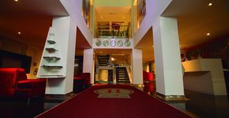 Zione Luxury Hotel Pereira - Pereira - Resepsjon