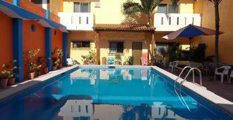 Hotel Bahía - La Manzanilla