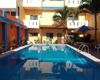 Hotel Bahia - La Manzanilla - Zwembad