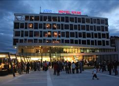 Hotel Kras - Postojna - Edificio