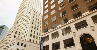 Hampton Inn & Suites Dallas Downtown - Dallas - Rakennus