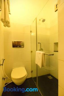 Maison Perumal- Cgh Earth - Puducherry - Phòng tắm