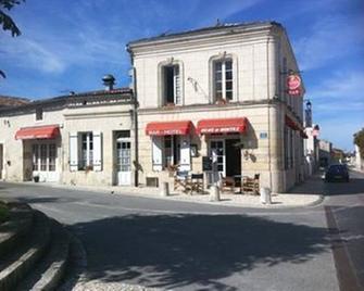 Le Relais de Montils - Saint-Palais-de-Phiolin - Building