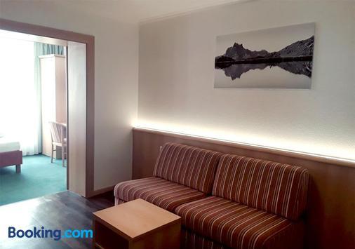 Hotel Nassereinerhof - Sankt Anton am Arlberg - Living room