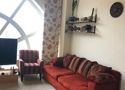 Stunning 2 bedroom apartment - Glasgow - Sala de estar