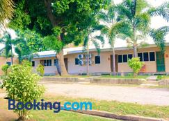 Timor Lodge - Dili - Building