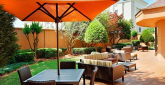Courtyard by Marriott Mobile - Mobile - Patio