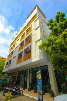 Patong Palm Resort - Bãi biển Patong - Toà nhà