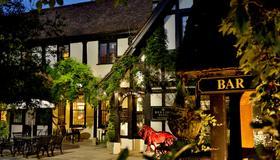 Best Western Red Lion Hotel - Salisbury - Edificio