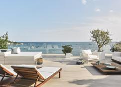 Nobu Hotel Ibiza Bay - Ibiza - Patio