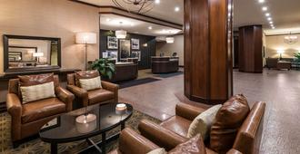 DoubleTree Suites by Hilton Columbus Downtown - קולומבוס - לובי