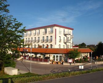 Seehotel Lönö - Dahme - Building