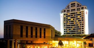 Thumrin Thana Hotel - Trang