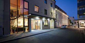 Hotel Zlami-Holzer - קלגנפורט