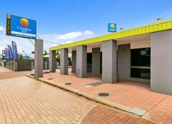 Comfort Inn on Main Hervey Bay - Hervey Bay - Gebouw