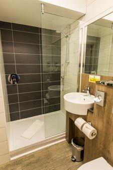 Cairn Hotel - Edinburgh - Bathroom