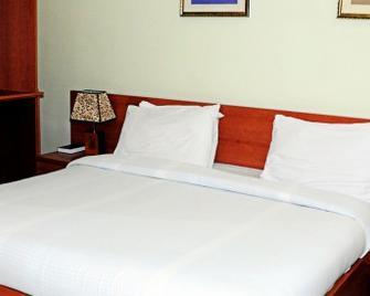3J's Hotel Ltd - Abuja - Habitación