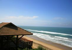 Imvubu Lodge - Richards Bay - Beach