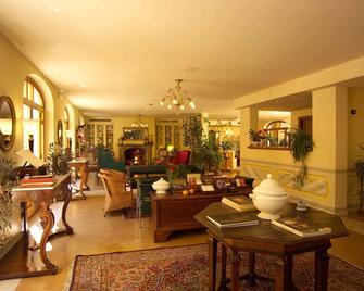 Hotel San Luca - Spoleto - Lobby